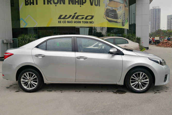 Toyota Altis 1.8AT 2017