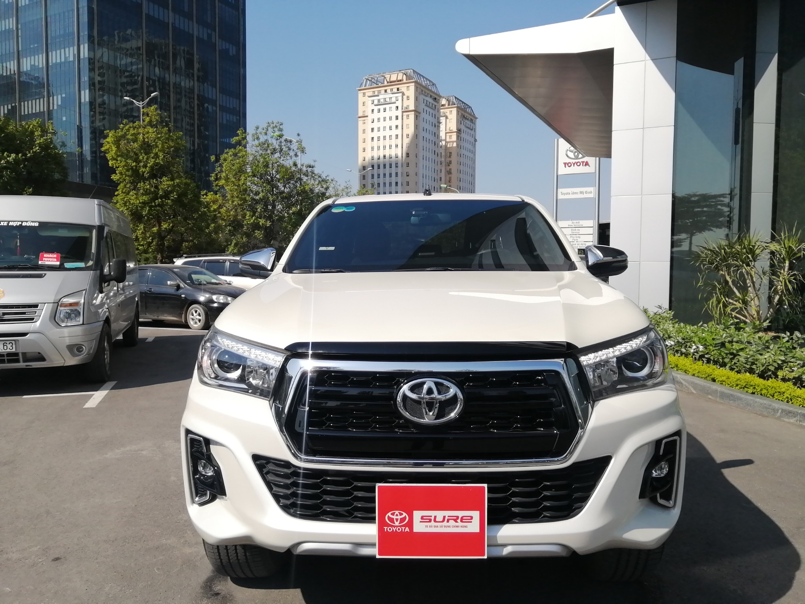 Toyota Hilux 2.8AT(4×4) 2019