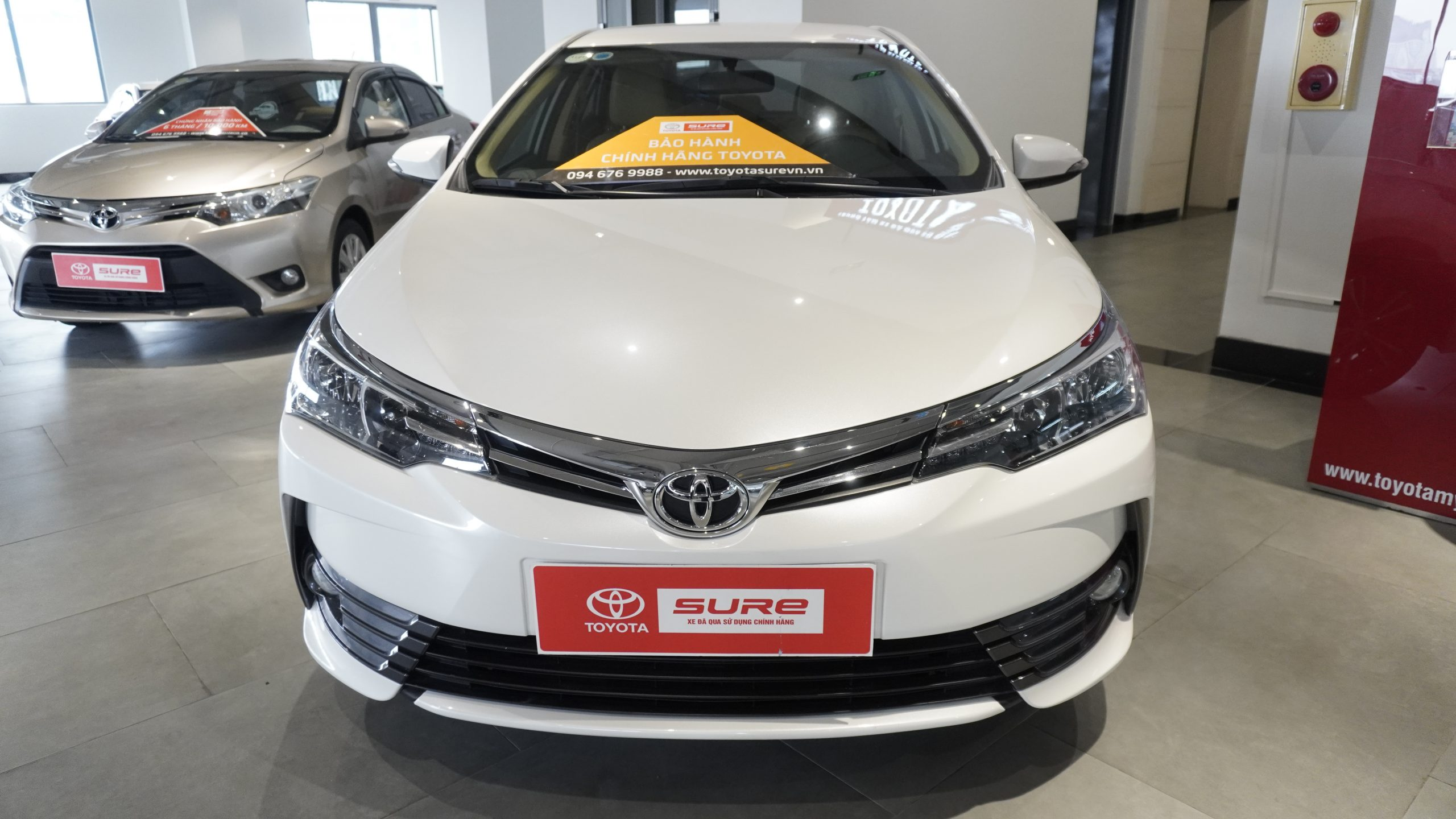 Toyota Altis 1.8G AT 2019 Trắng
